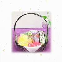 黒かご盆菓子